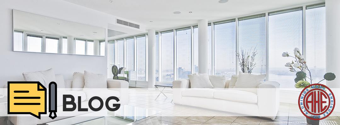 Ahorra energía con toldos y cortinas de cristal